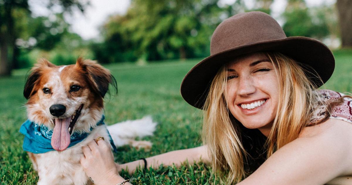 Wie man seinen Hund nach dem eigenen Sternzeichen nennen sollte